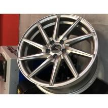 литые диски Sakura Wheels 9650D в 17 размере в стиле VOSSEN CVT